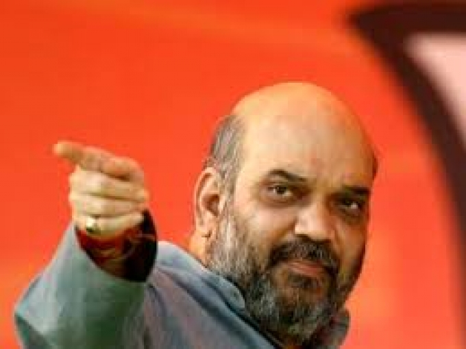 SP, Congress locked in 'unholy alliance': Amit Shah
