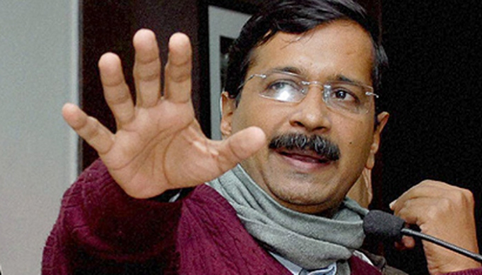 Delhi government not to sack contractual employees