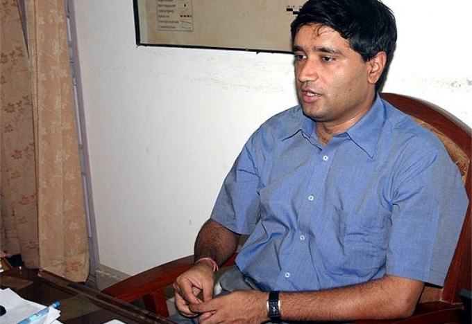Kejriwal wants Sanjeev Chaturvedi as his OSD