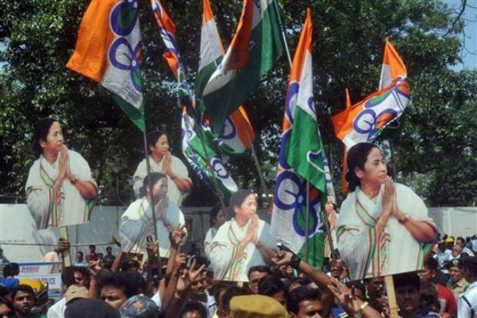Trinamool retains Uluberia, wrests Noapara, BJP finishes second